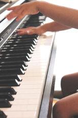 ピアノの練習も自宅で